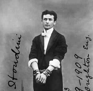 el análisis grafológico de Harry Houdini es inverosimil
