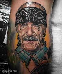 La breve historia del tatuaje es compleja.